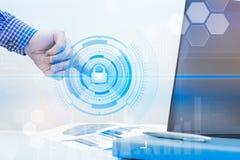 Gacenie dane obłoczny ewidencyjny pojęcie Ochrona i bezpieczeństwo obłoczni dane zdjęcie stock
