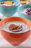 Gachas de avena del desayuno de la mañana Imágenes de archivo libres de regalías