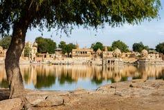 Gadi Sagar (Gadisar)湖, Jaisalmer,拉贾斯坦, I 免版税库存照片