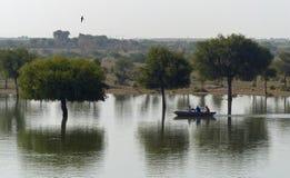 Gadisar坦克, Jaisalmer 免版税库存照片