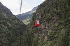 Gadmen wagon kolei linowej, Szwajcaria Obrazy Royalty Free