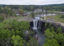 GADSDEN, ALABAMA - APRIL 14, 2016: Flying over Noccalula Falls Park and Campgrounds Stock Image