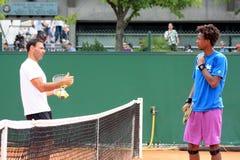 Gael Monfils und R. Rasheed bei Roland Garros 2011 Lizenzfreie Stockfotografie