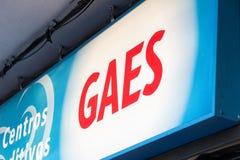 Gaesembleem op Gaes-winkel stock foto