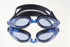 Gafas. Glasses to swim of blue color Royalty Free Stock Images