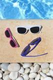 Gafas de sol coloridas foto de archivo