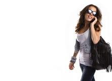 Gafas de sol que desgastan de la mujer adolescente joven Imagen de archivo