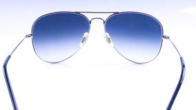 Gafas de sol de Rayban aisladas en el fondo blanco Fotos de archivo