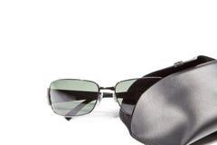 Gafas de sol y caso Foto de archivo libre de regalías