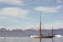 Gaff-rigged yawl sailboat. Saqqaq - Greenland Royalty Free Stock Photography