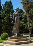 Gagarina公主雕塑在岩石村庄在海角Plaka的 图库摄影