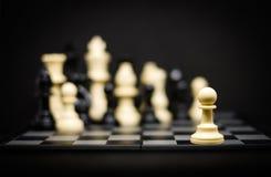 Gage d'échecs pour le fond ou la texture de chef - affaires et début Photographie stock libre de droits