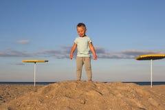 Gagnant d'enfant sur le dessus du thehill Image libre de droits