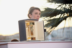 Gagnant de Leonor Serraille du ` de l'appareil-photo d ou Images libres de droits