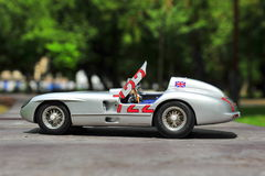 Gagnant Sir Stirling Moss de Mercedes-Benz 300 SLR Mille Miglia Image stock