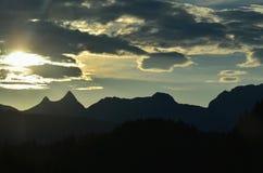 Gailtalalpen, mening van de wandelingssleep op de berg Dobrats stock foto's