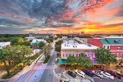 Gainesville, Florida, cityscape van de binnenstad van de V.S. stock foto