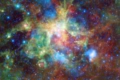 Galáxia impressionante no espaço Starfields do cosmos infinito ilustração stock
