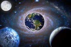 Galassia del paesaggio Pianeta, terra, vista della luna da spazio con latteo immagini stock libere da diritti
