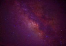 Galassia della Via Lattea dello spazio dell'universo con molte stelle alla notte Fotografia Stock