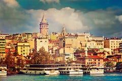 Galata塔 金黄垫铁 伊斯坦布尔 免版税库存照片