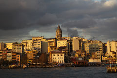 Galata au coucher du soleil, Istanbul. image libre de droits