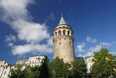 Galata Istambul recolhida torre Fotos de Stock Royalty Free