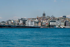 Galata står hög i Istanbul Royaltyfri Fotografi