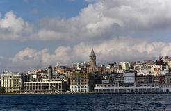 Galata torn och Beyoglu Royaltyfria Bilder
