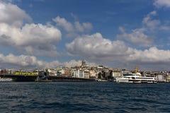 Galata torn och Beyoglu Royaltyfri Fotografi