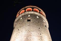 Galata-Turm in der Nacht, Istanbul Lizenzfreie Stockbilder