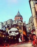 Galata-Turm-Pandabär graffity lizenzfreies stockfoto
