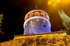 Galata wierza ściana & drzewa, Istanbuł obrazy royalty free