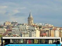 Galata wierza Widok od Eminonu terenu istanbul indyk zdjęcia stock