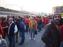 Galatasaray V Fenerbahce bombarderar hot Royaltyfri Foto