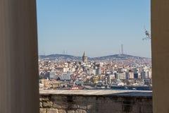 Galatatoren van de tijden van Byzantium in Istanboel stock afbeeldingen
