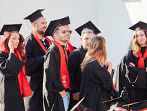 GALATI,罗马尼亚- 2017年6月16日 大学毕业在毕业典礼 库存图片