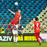 GALATI, ROMANAIA - 08 MEI: De niet geïdentificeerde voetbalsters concurreren Royalty-vrije Stock Foto's