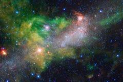Galax starfield, nebulosor, klunga av stjärnor i djupt utrymme Sciencekonst Beståndsdelar av denna avbildar möblerat av NASA arkivfoton