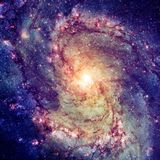 Galaxie en spirale brillante image stock