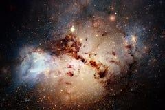 Galaxie impressionnante dans l'espace extra-atmosph?rique Starfields de cosmos sans fin images stock