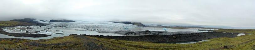 Galcier Lake and Glacier. In Iceland (Breidarlon Glacier Royalty Free Stock Photos
