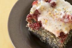 Galdéria deliciosa da semente e da cereja de papoila Fotos de Stock Royalty Free