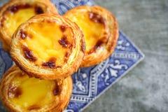 Galdéria do ovo de Portugal com azulejo fotos de stock