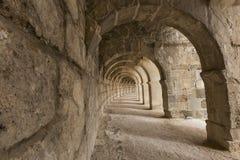 Galeria arqueada do teatro romano de Aspendos, em Antalya, Turquia imagem de stock royalty free