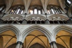 Galeria C de Triforium da catedral de Salisbúria fotos de stock royalty free