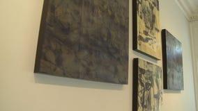 Galeria de arte de gama alta interna (4 de 7) vídeos de arquivo