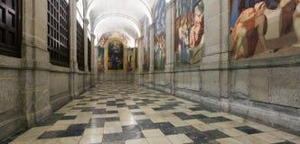 Galerie avec des fresques à Royal Palace EL Escorial Photos libres de droits