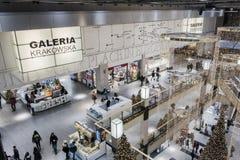 Galerie d'achats au temps de Noël Images stock