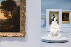 Galerie de temps d'exposition de lentille de Louvre Photographie stock
